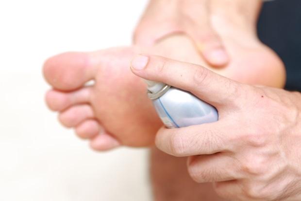 足のニオイが臭い!足の消臭対策