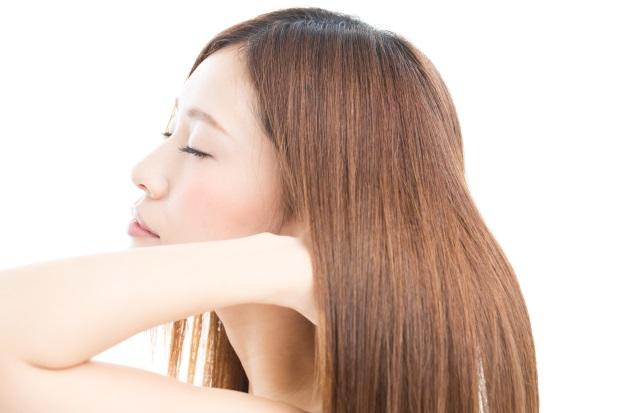 サラサラストレートの髪の毛
